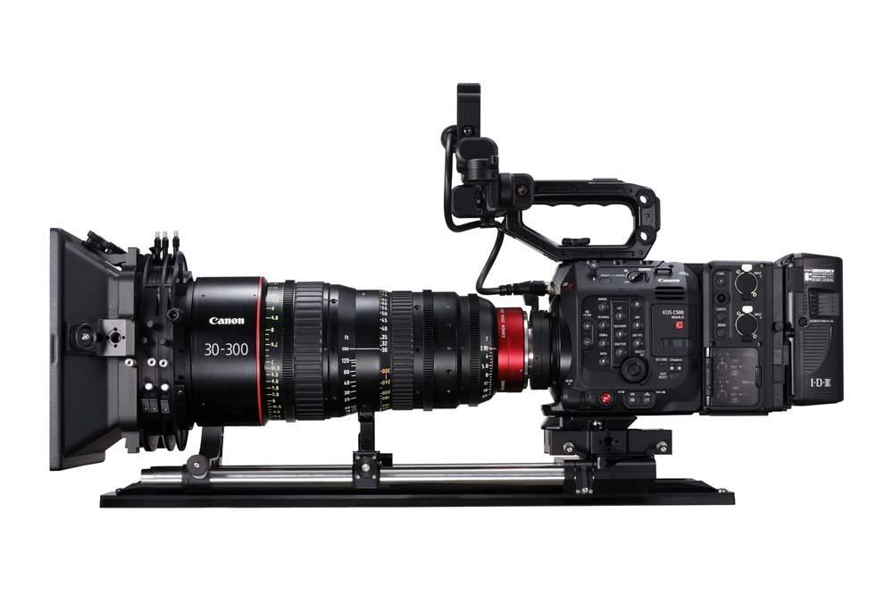 EOS C500 Mark II WITH FULL KIT EU-V2 AND CN-E30-300MM RIGHT SIDE
