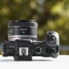 Canon RF50mm F1.8 STM montado en cámara02